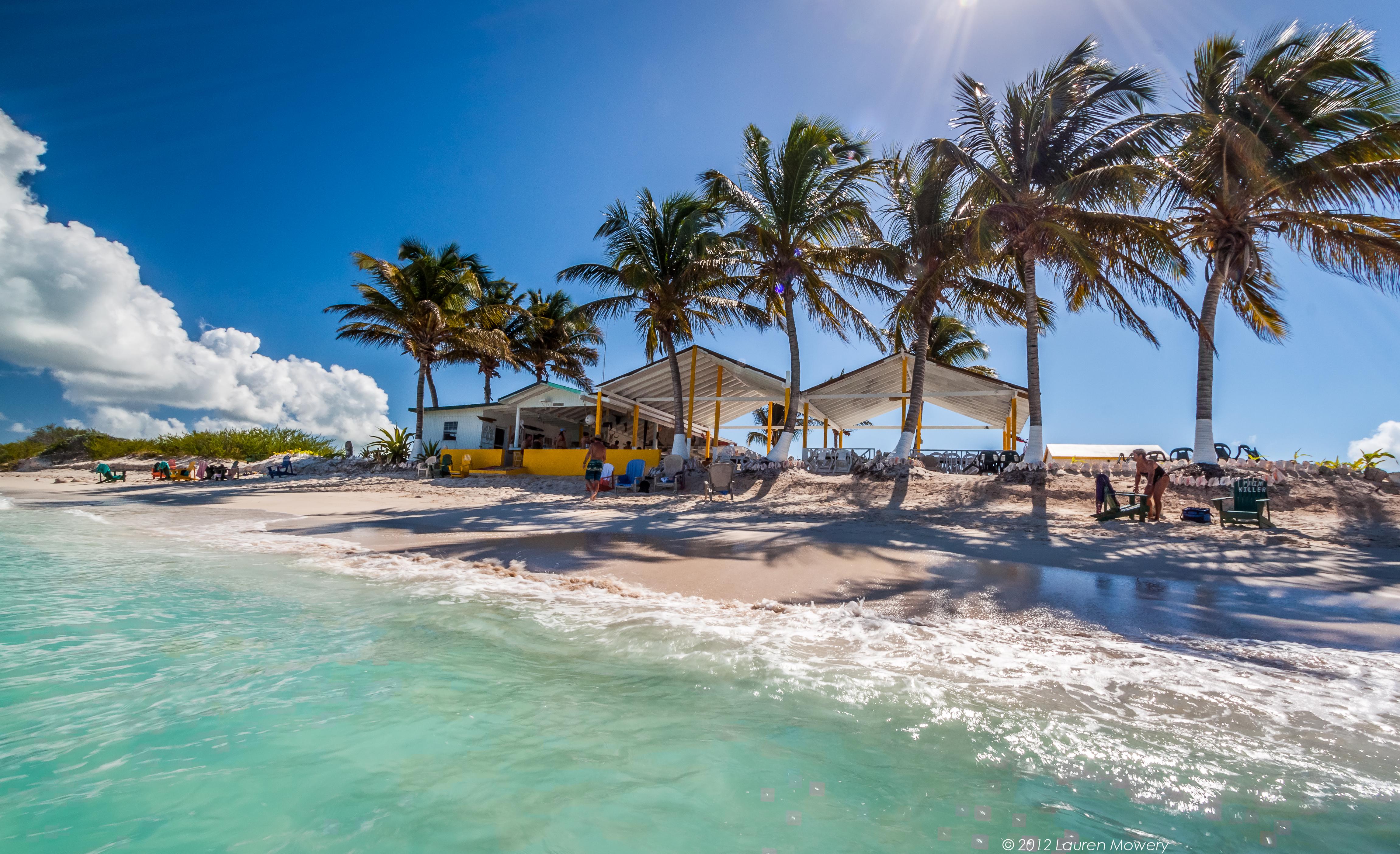 Eight Beach Bars I'm Thankful For | Beach Bar Bums